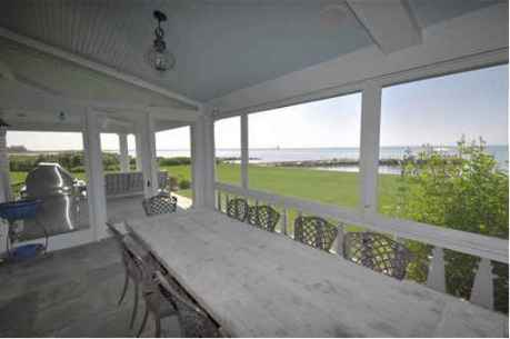 screened-porch-at-Hepburns-former-home