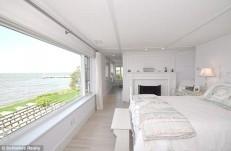 white-bedroom-in-Hepburns-house-611x402