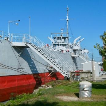 LST 393, Muskegeon, MI