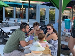 Comachee Cove-dinnertime